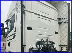Scania R450 Topline Streamline 6x2 Leather fridge twin tanks rear batteries