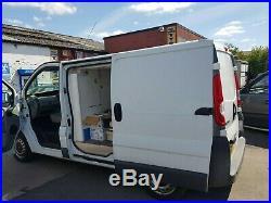 Vauxhall vivaro 2.0 ex fridge van spares or repair runs & drives 2010 model