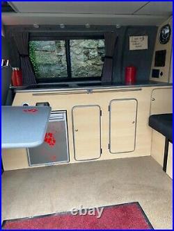 Volkswagen T5 camper van. 1.9 TD. 2006. SWB. Aircon. Sleeps 4. 128,000 miles